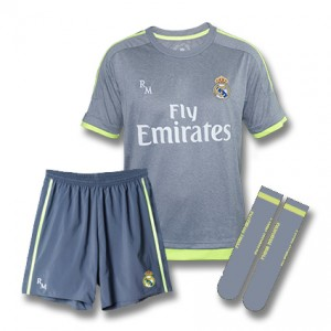 KIT REPLICA OFICIAL 2ª EQUIPACION REAL MADRID TEMPORADA 15/16